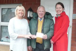 Horwich Rotary Supports Bolton Young Parents Service