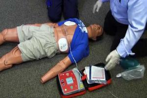 defibrillator and emergency resuscitation training in Sittingbourne