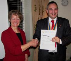 Newbury Rotary donates £3000 to MapAction, Shelterbox and Water Survival Boxes