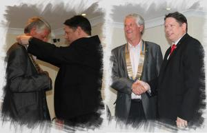 2014/15 Club President Darren passing the chain of office over to Mike Uglow, the clubs' 2015/16 President.