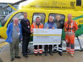 Club donates £1,000 to The Wiltshire Air Ambulance