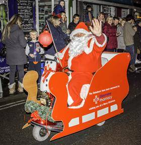 Ellesmere Winter Festival - Father Christmas tours the town (Rtn Ian Williams)