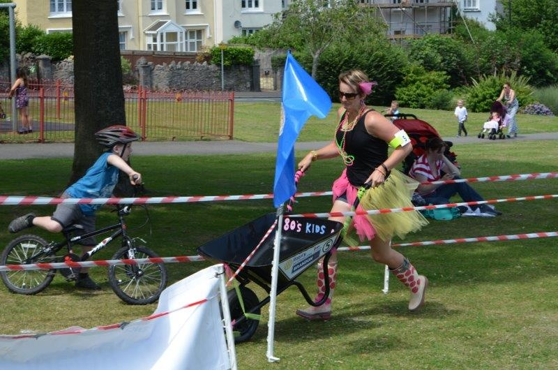 Wheelbarrow Racing 2017 - Rotary Club of Newton Abbot