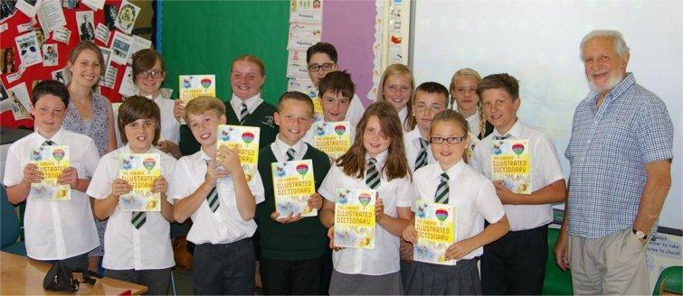 Mountnessing CoE Primary School children
