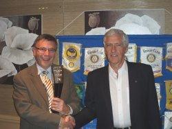 Stan Keller presenting his new Trophy to Ingatestone