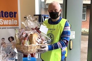 Delivering Christmas hampers for Companionship at Christmas