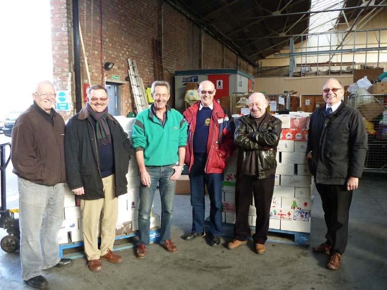 Rotary-Club-of-Southport-Links-International-Aid-Trust-Shoeboxes