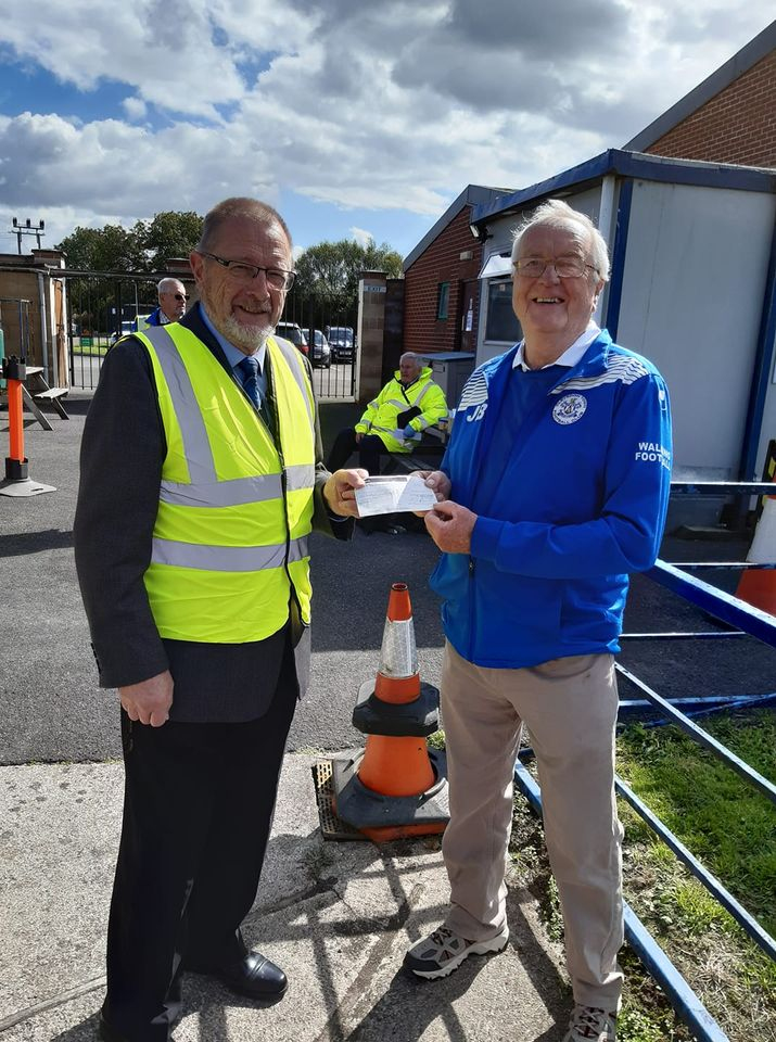 Clevedon Yeo Rotary are pleased to be able to present a cheque for £100 to Clevedon Town FC