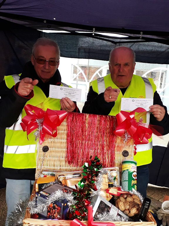 The Rotary Club of Clevedon Yeo Hamper Raffle Needs You