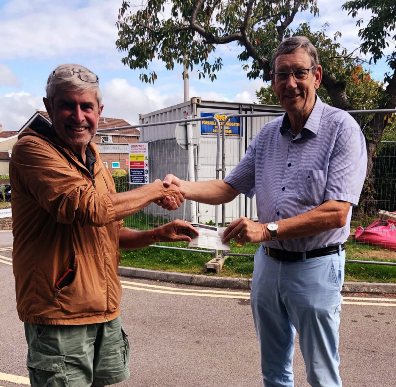 Clevedon Yeo Rotary Club Steve presenting the cheque to David Fife