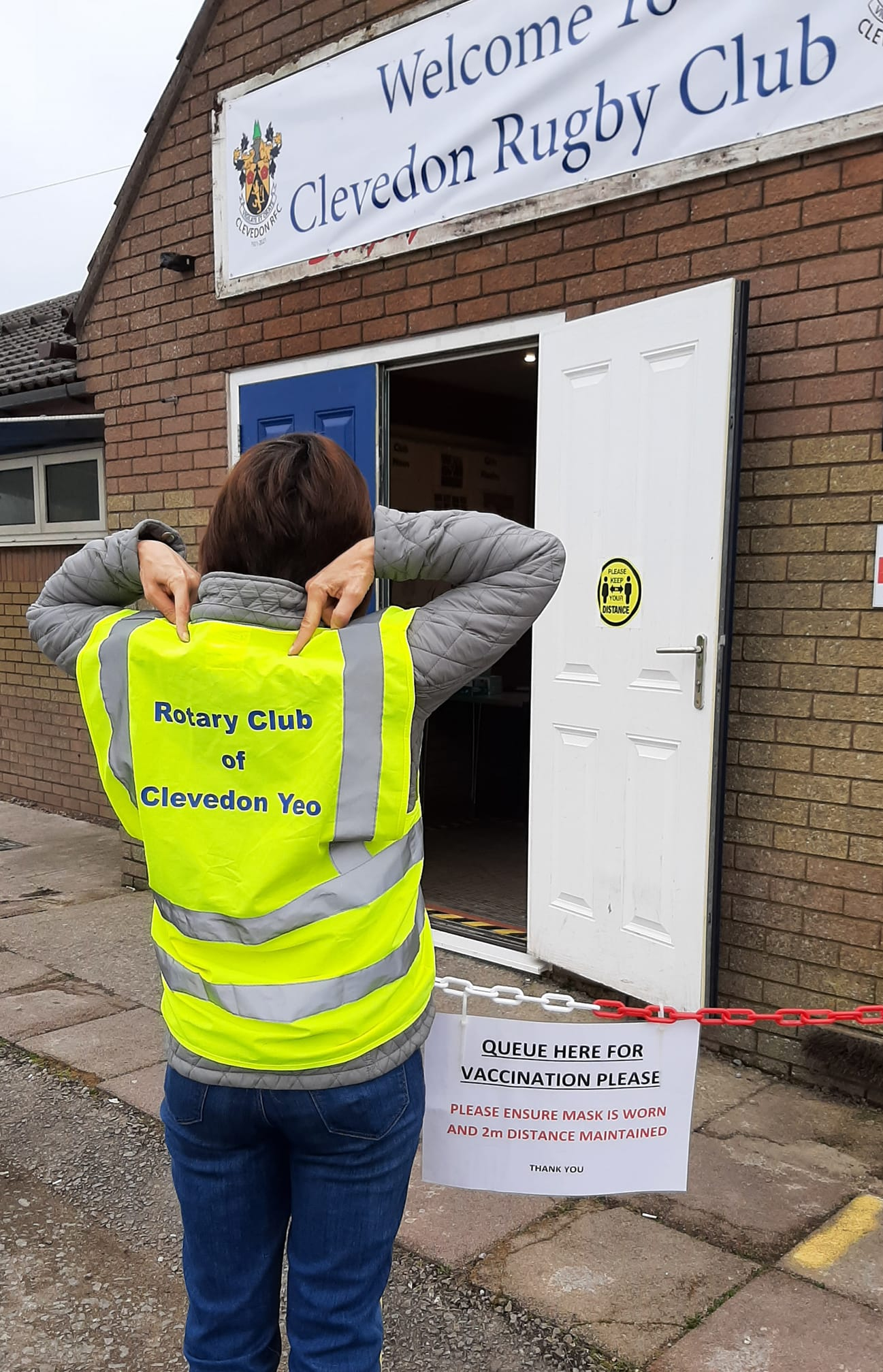Clevedon Yeo Rotary helping at the vaccinatin hub at Clevedon Rugby Club