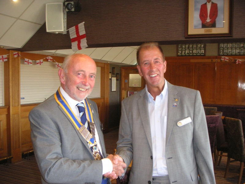IPP Gordon handsover to President Colin
