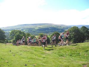 Runners on first hill in 2007
