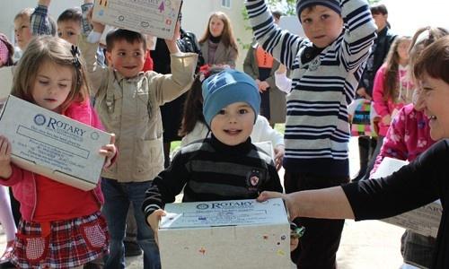 http://www.rotaryshoebox.org/wp-content/uploads/2015/04/Moldova2.jpg