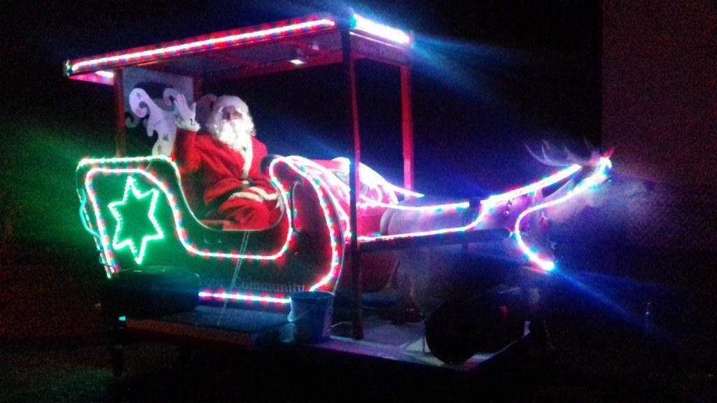 santa-sleigh2018