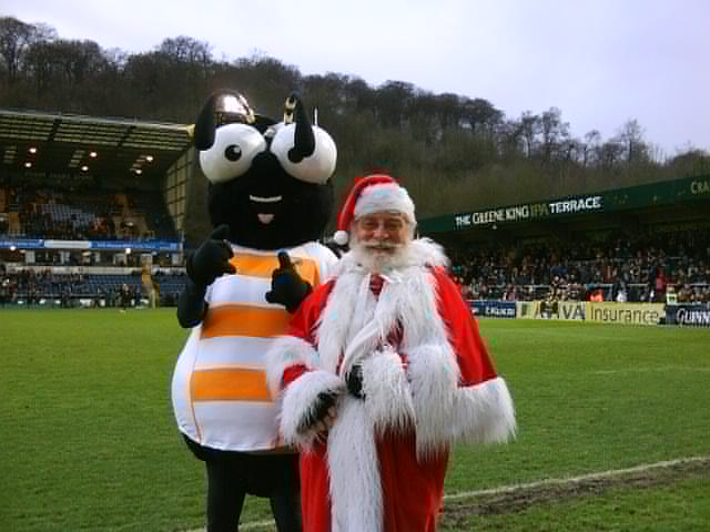 Santa and the Wasp