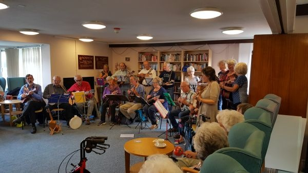 A Great Time Was Had By The Residents Of Long Meadow And Geoffrey Ashe Courts When They Were Entertained 17 Members Pencoed Ukelele Band