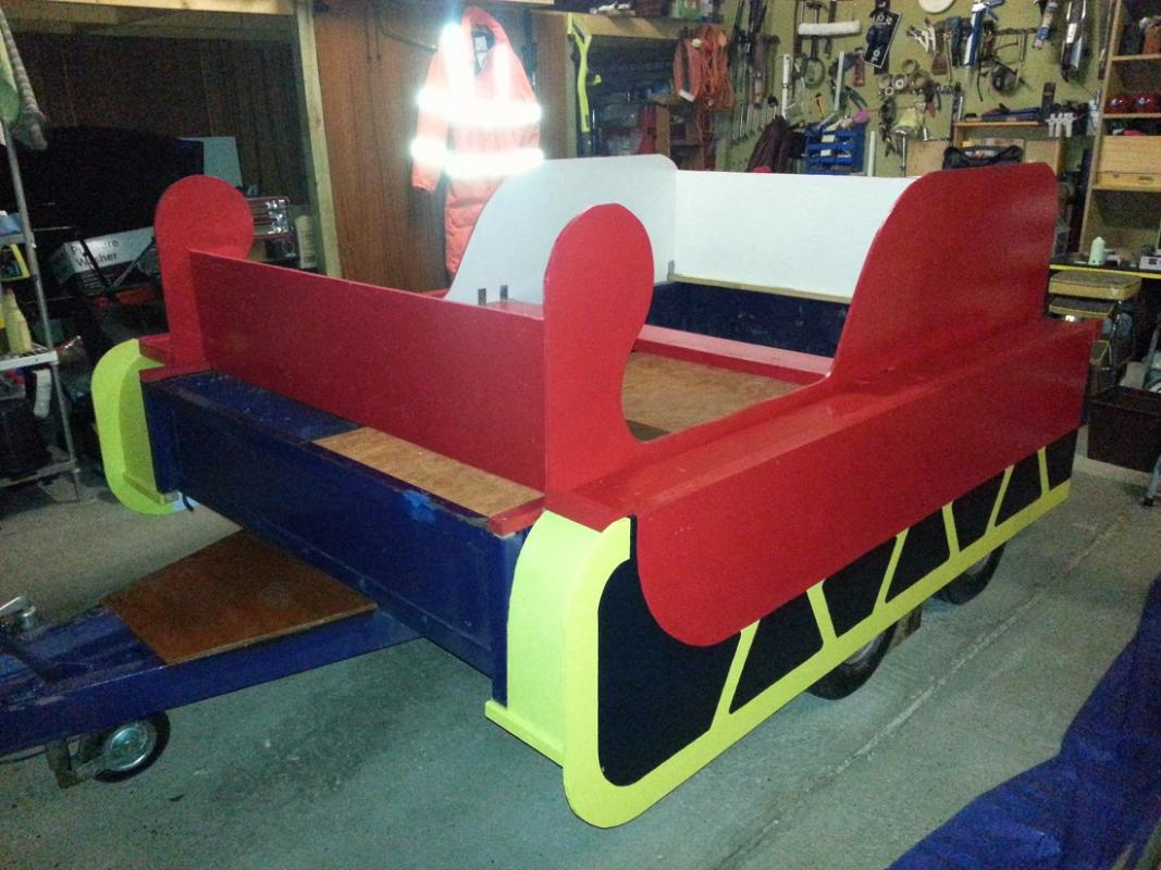 Building Santa's Sleigh - Only a few touches left