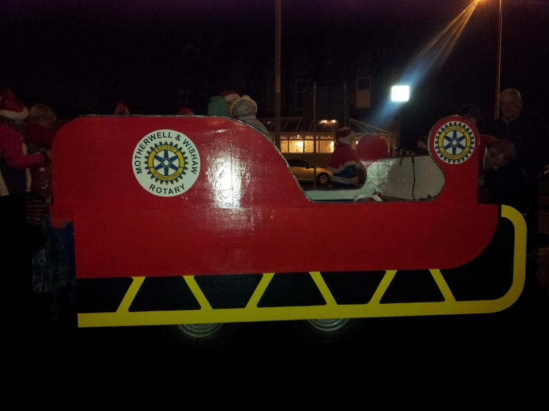 Building Santa's Sleigh - Just the lights to switch on!
