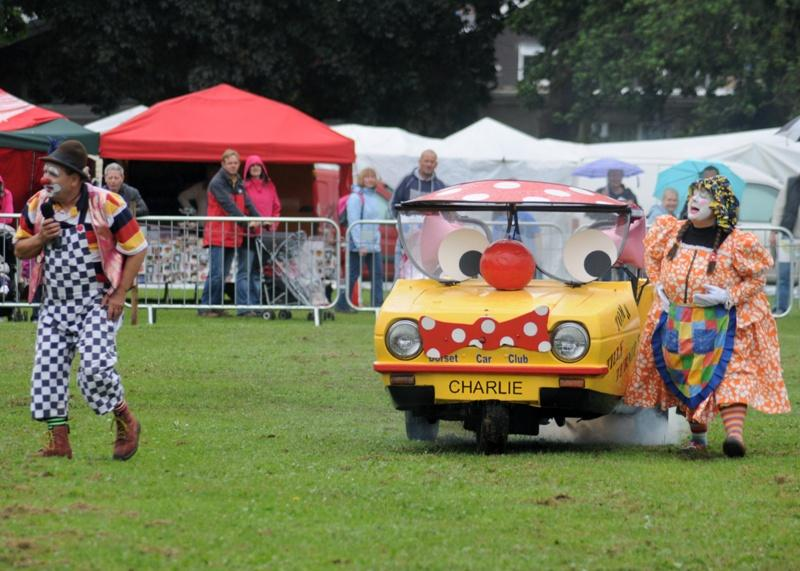 Abergavenny Steam Rally 2012 - The Comedy Car show in the main arena