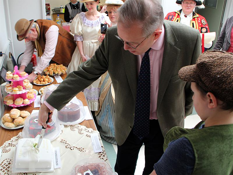 Reading Rooms 150 Year Anniversary - Cutting the Cake