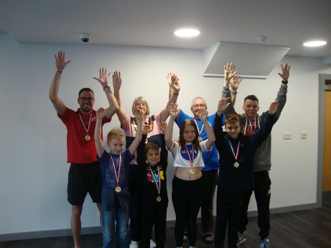 Thame Swimathon 2019 - Graham Colverson and his family team