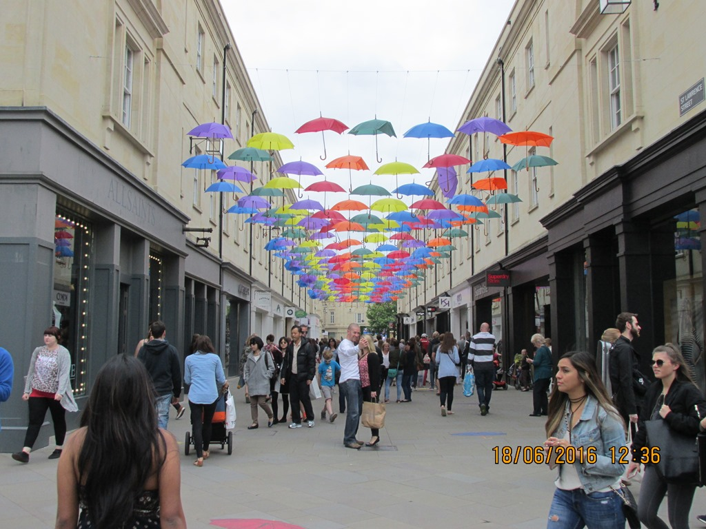 Visit from Odal Rotary Club, Norway - 08 Umbrellas in Bath