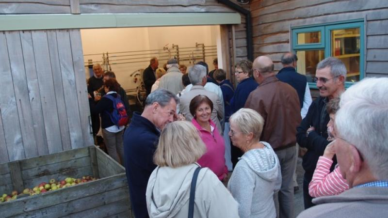 Cider Fields Tour with Gill Girard (September 2011) - The queue for the tasting