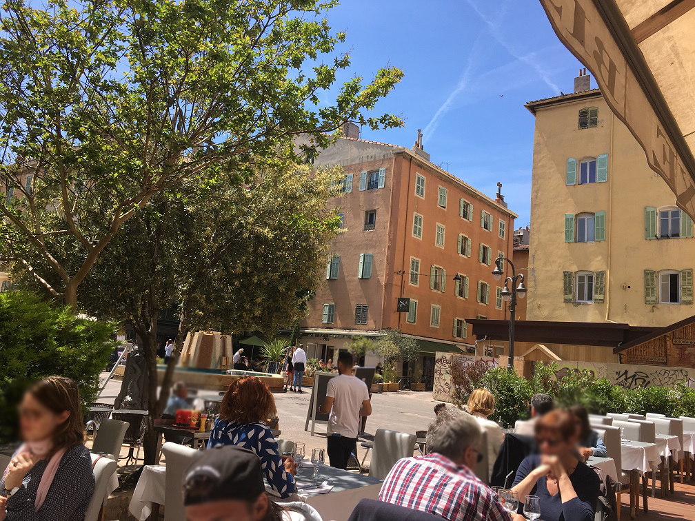 TuT International Visit 2019 - Lunch Square in the Old Port
