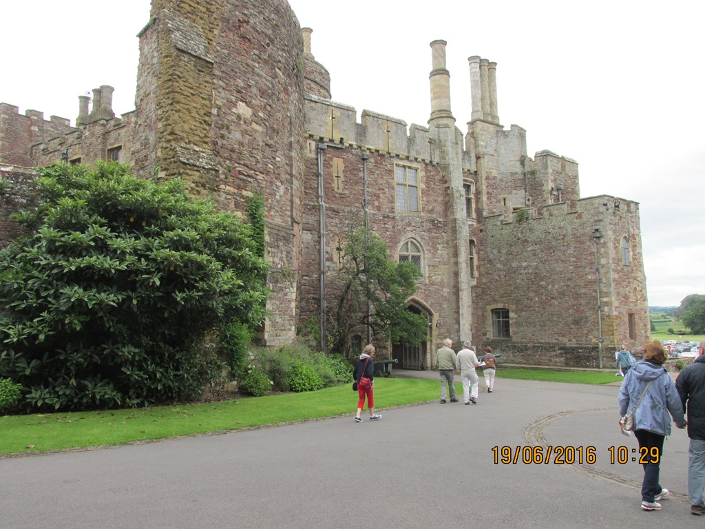 Visit from Odal Rotary Club, Norway - 11 Berkeley Castle