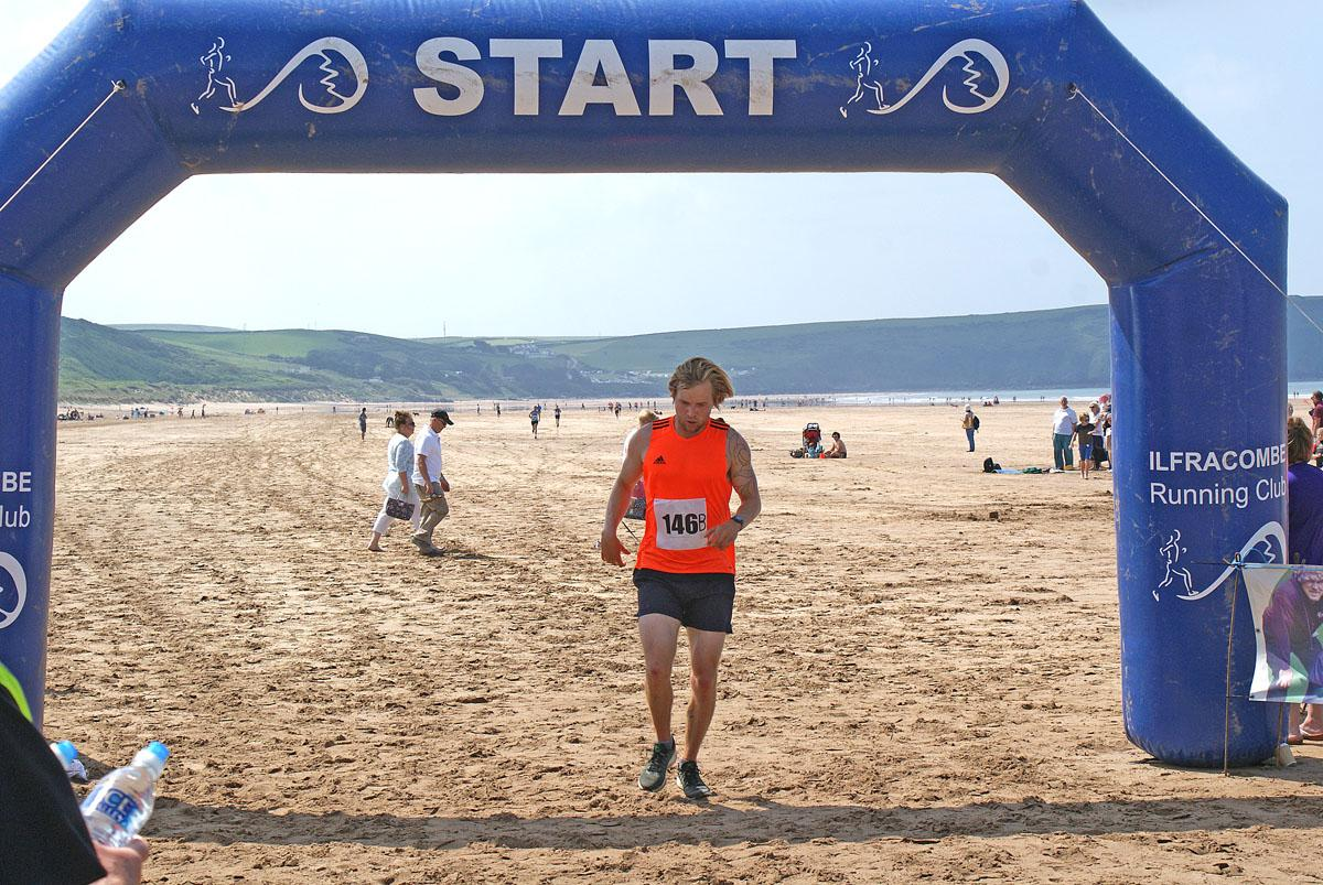 Woolacombe 10k Beach Run 2018 - 15(17)