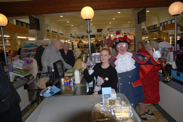THE DREAM TEAM ON THEIR CHRISTMAS VISIT TO BOOTHS MARTON STORE -