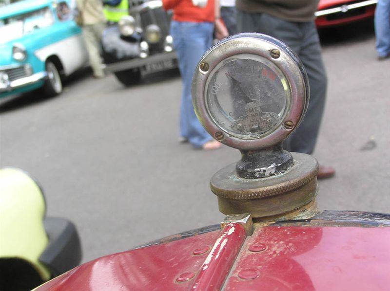 Chipping Norton Car Day - ...the driver's view.
