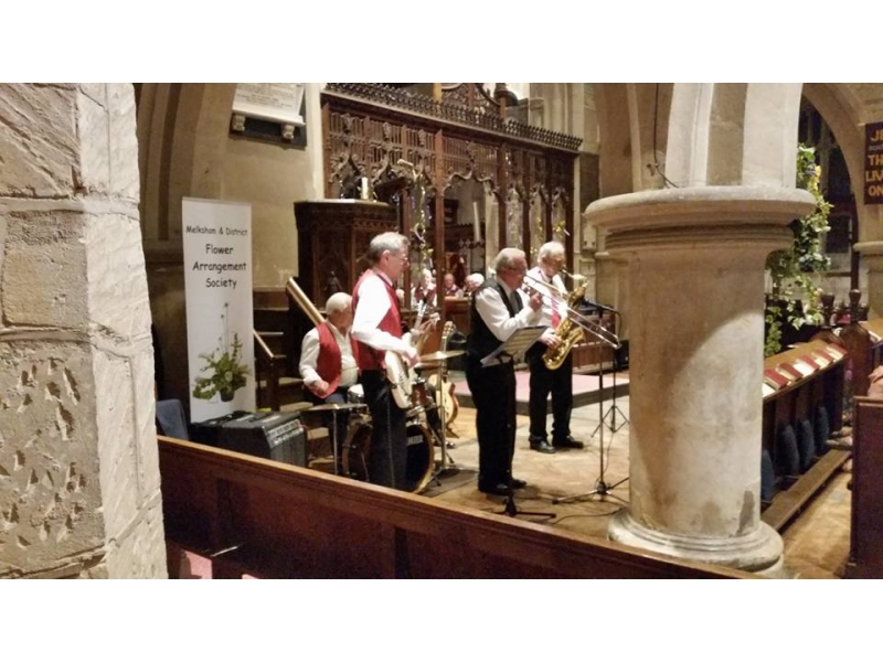 Flower Festival success - 4+1 Jazz Band on Sat night