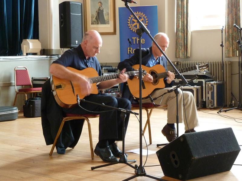 Chippy Jazz And Music 2014 - After appearing in the town hall, this great duet - playing a lot of Django Reinhardt material - moved over to The Old Mill Coffee Shop.