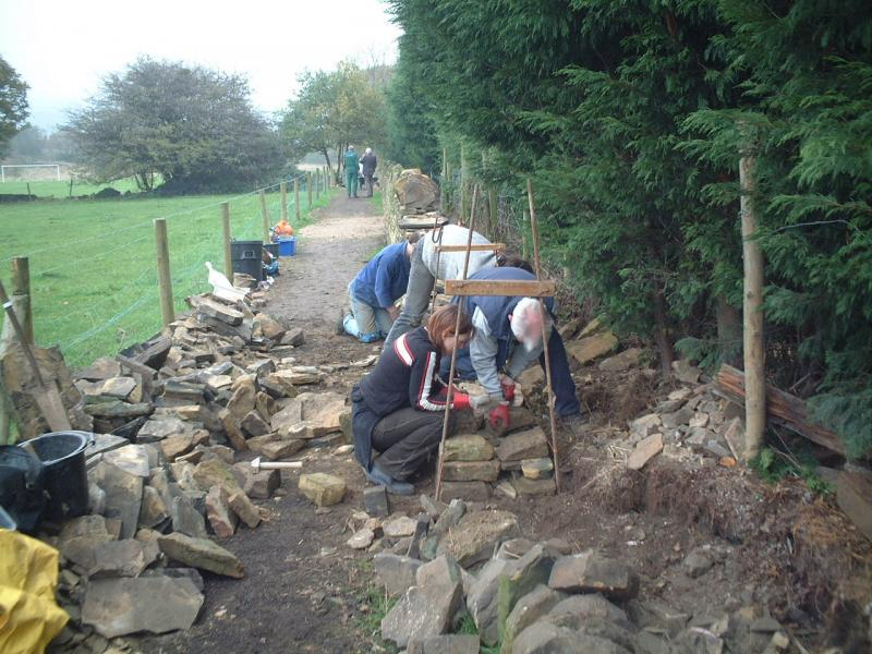 Calverley Millennium Way - Laying the base stones