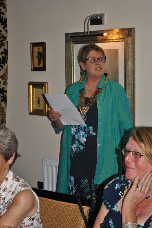7.15 for 7.30pm Sheila's President's night at the Castle Inn - and emphasising a point...