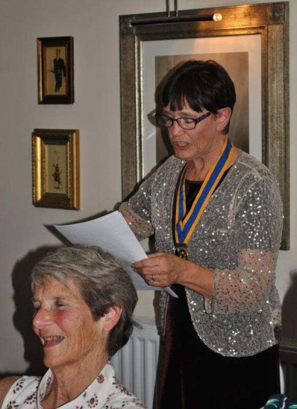 7.15 for 7.30pm Sheila's President's night at the Castle Inn - and in full flow...