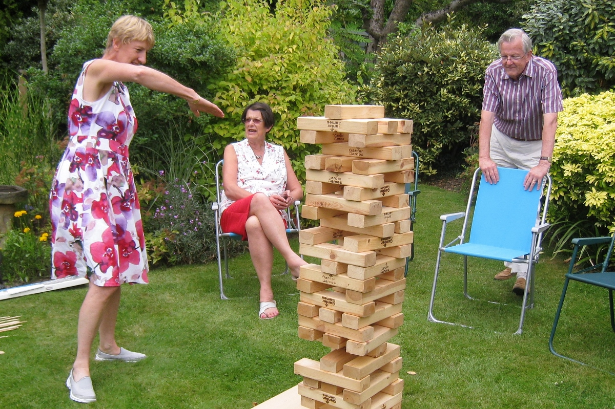 Pinner Rotary Summer Barbecue - Just a little bit that way
