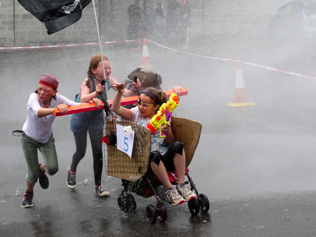 2017 Carnival Photographs - 2017-07-19a - Pram Race (05)