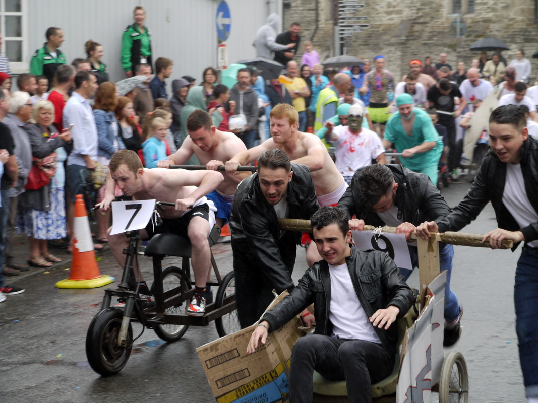 2017 Carnival Photographs - 2017-07-19a - Pram Race (08)