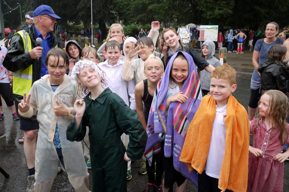 2017 Carnival Photographs - 2017-07-19a - Pram Race (11)