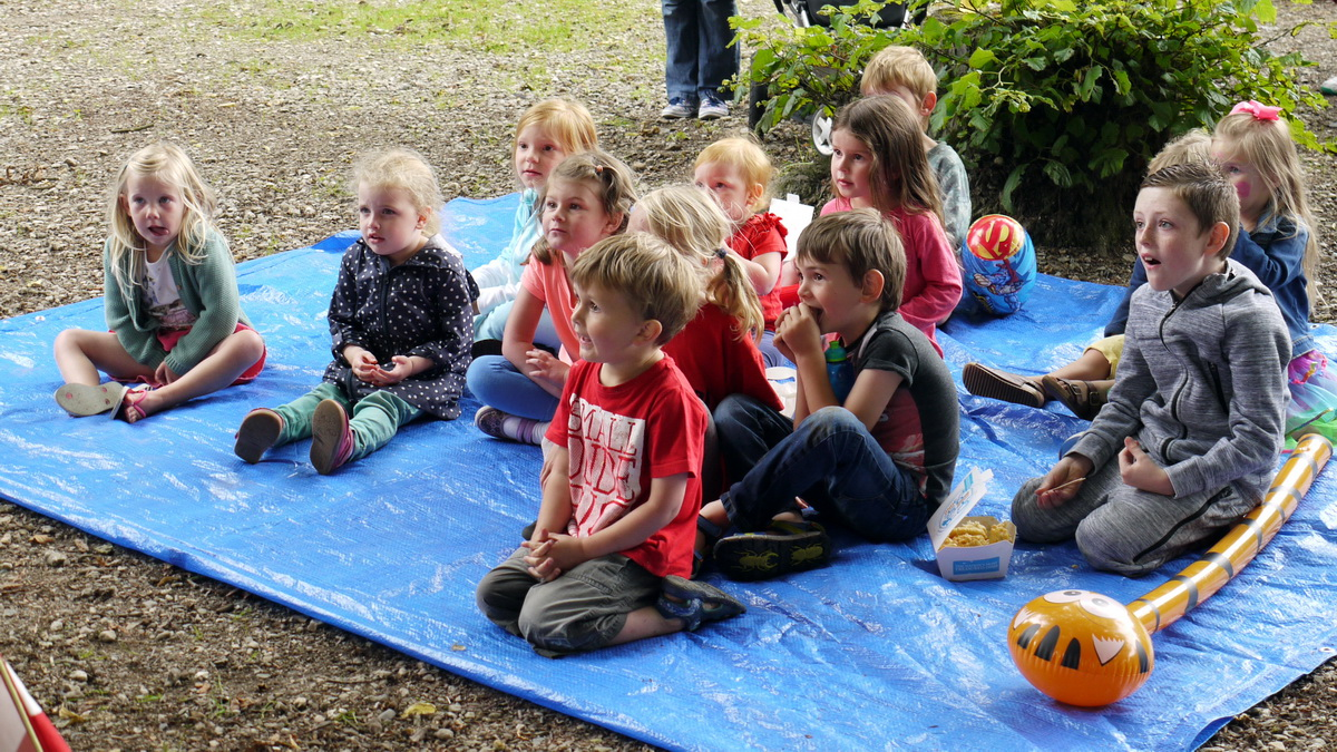 2017 Carnival Photographs - 2017-07-20 - Street Party (02)