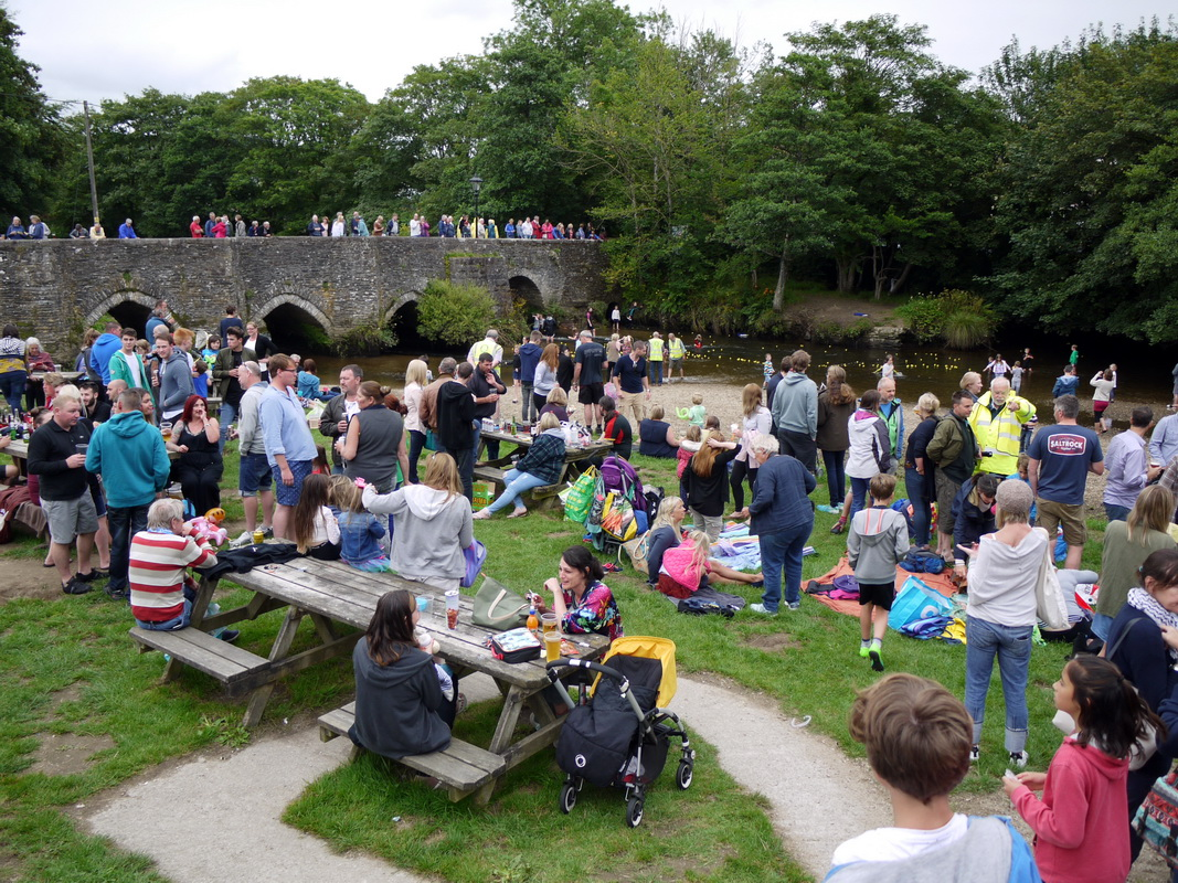 2017 Carnival Photographs - 2017-07-20 - Street Party (06)