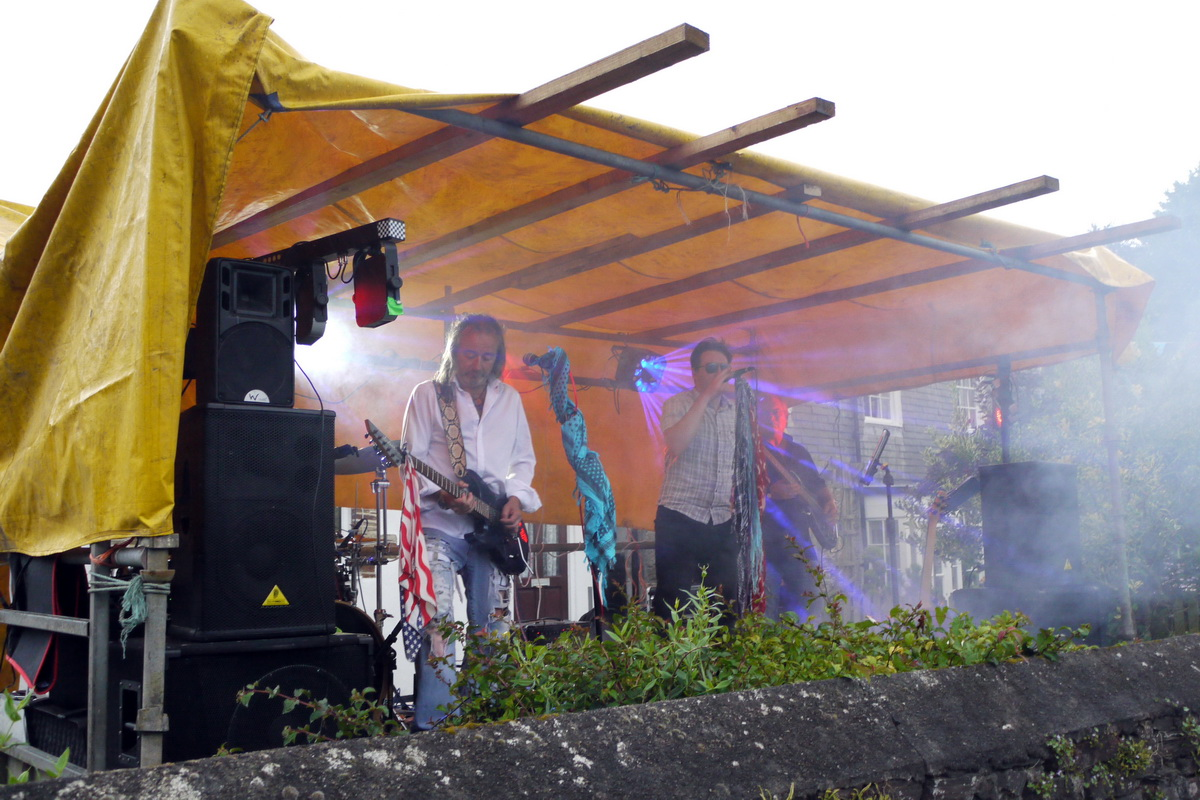 2017 Carnival Photographs - 2017-07-20 - Street Party (09)