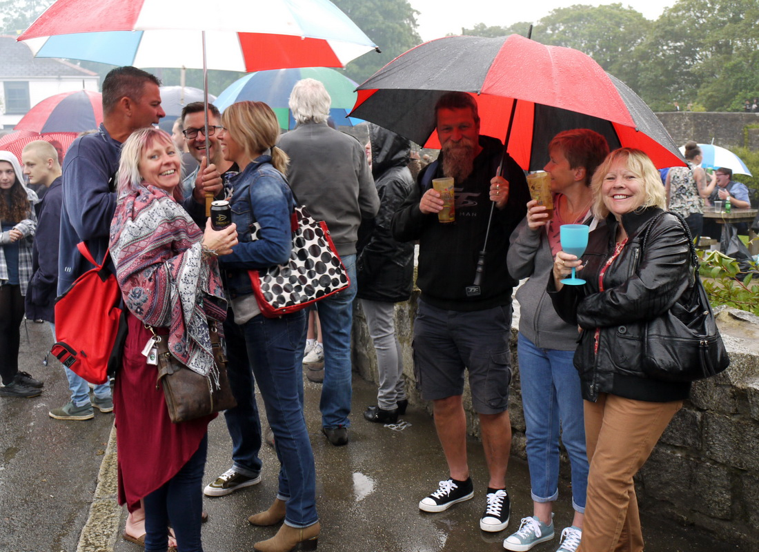 2017 Carnival Photographs - 2017-07-20 - Street Party (12)