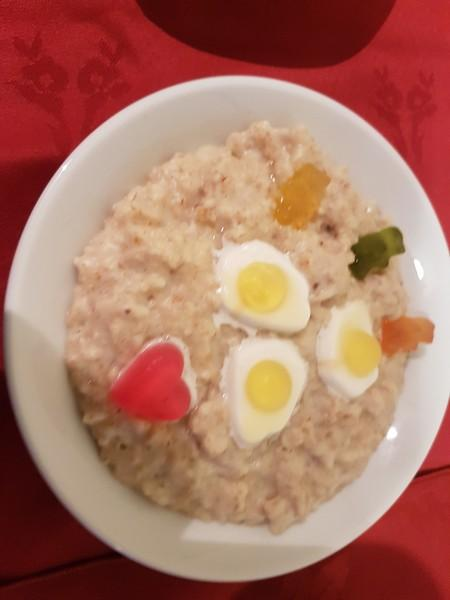 Club Meeting + frugal meal (porridge) fundraiser for Marys meals -
