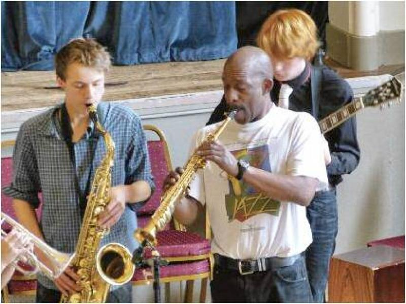 CHIPPY JAZZ AND MUSIC 2012 - Fronted by an extremely cool leader with a great soprano sax...