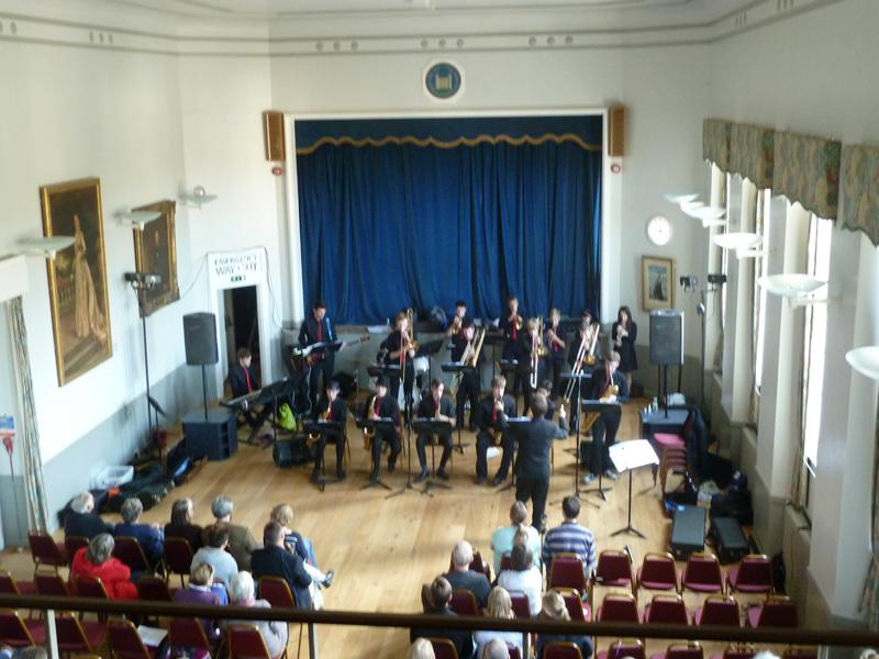 CHIPPY JAZZ AND MUSIC 2013 - drawn in by the sound of a big band.