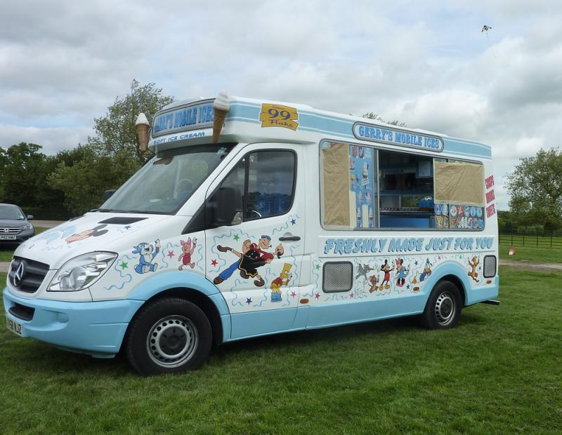 Jun 2013 Kids Out Day at Wimpole Hall and Farm - 17 IceCreams for pudding!
